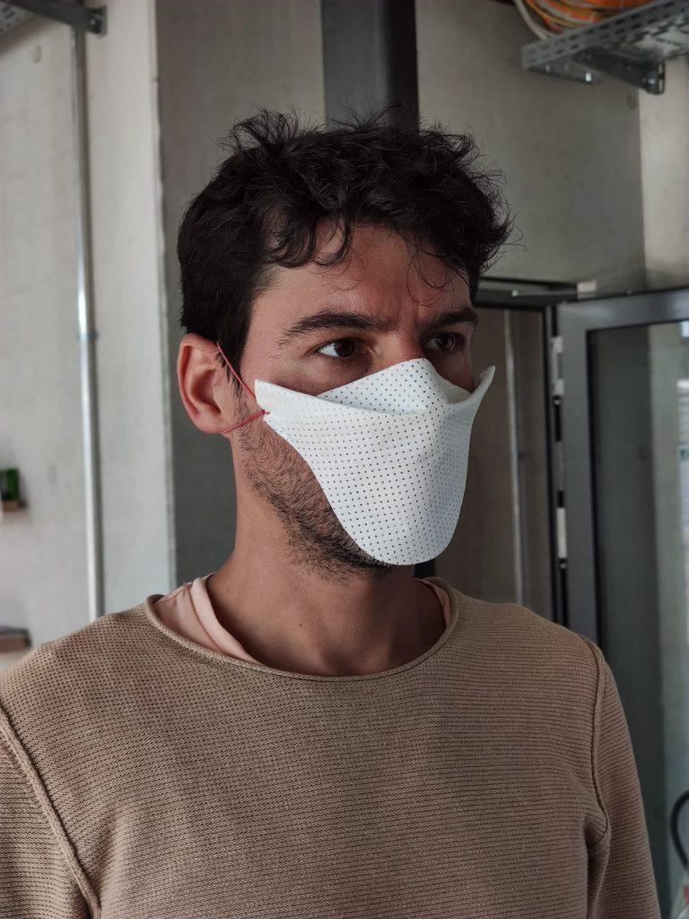 Gesichtsmaske-Industrial-MakerSpace-Attia-Design